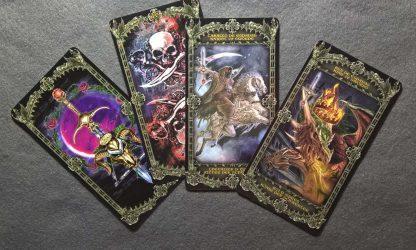 мечи со скелетами