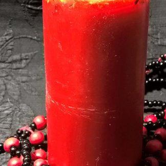 Свеча из красного воска