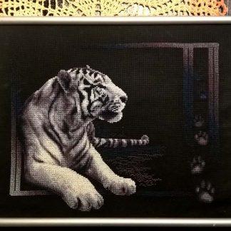 "Вышитая картина ""Белый тигр"""