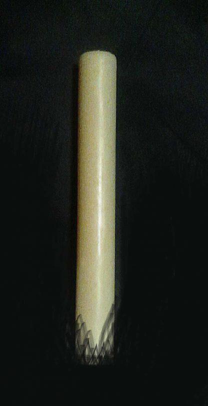 Свеча из белого воска