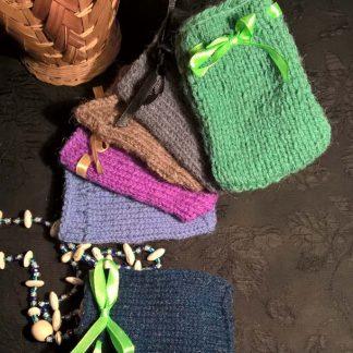 Мешочки для талисманов из шерсти